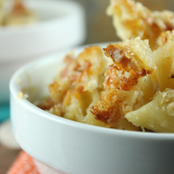 Blue Mac and Cheese with Crunchy Sourdough Topping