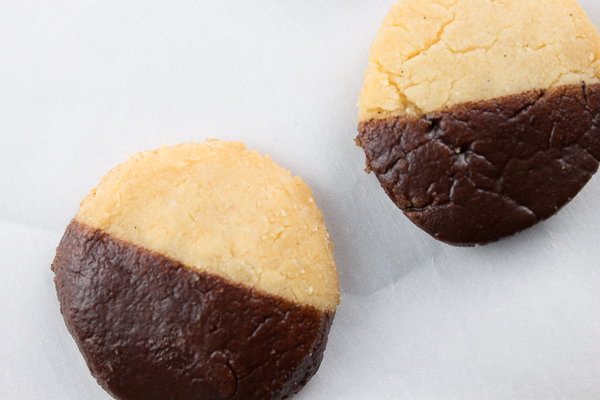 Gluten Free Chocolate Dipped Shortbread Cookies @ http://www.tinyredkitchen.com